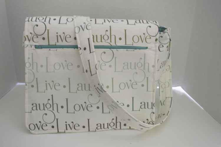 Live, Love, Laugh Messanger Bag