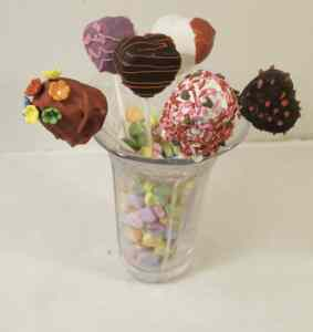 Valentine-Cake-Pops--283x300 Valentine Cake Pops