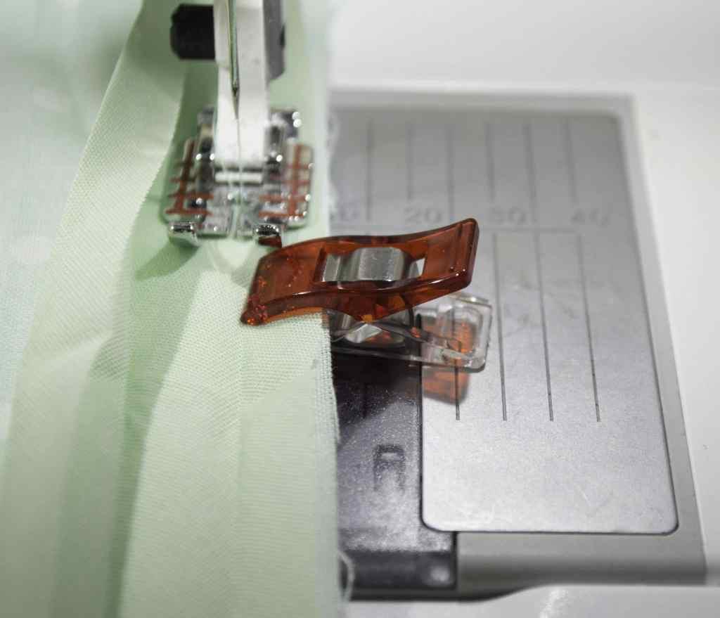 How to sew bias binding