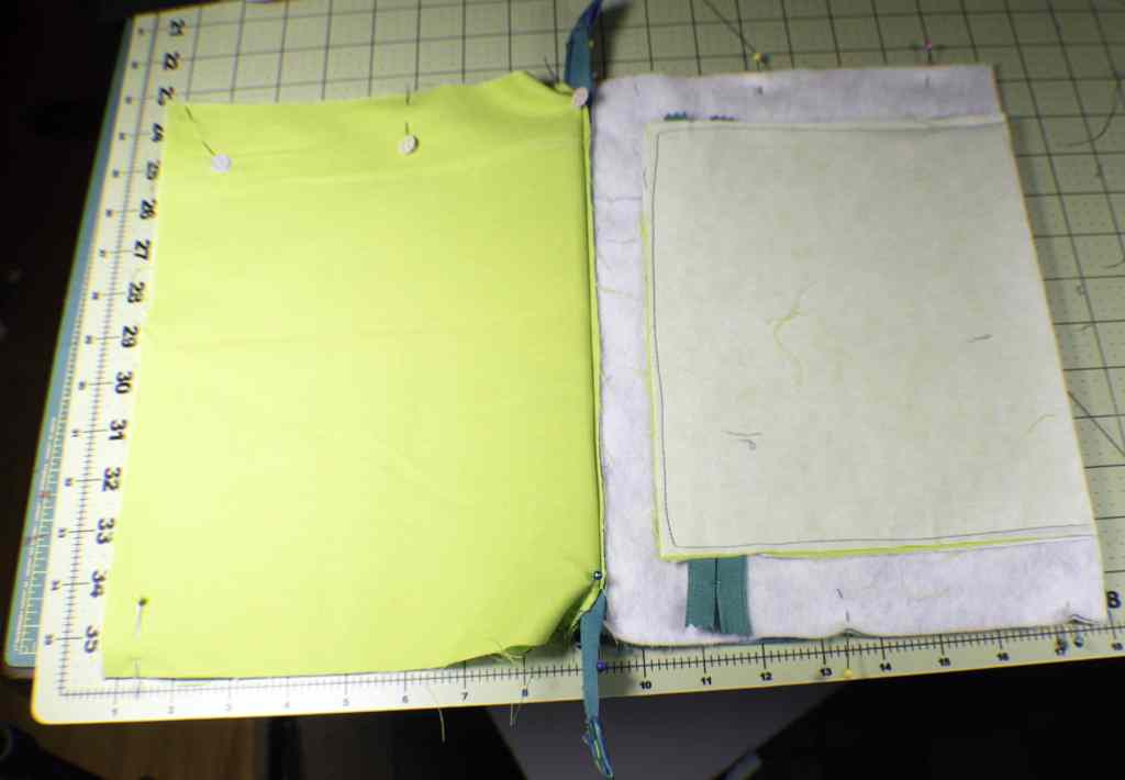 Seperate-the-lining-from-the-outer-pieces-1024x710 How to Make a Tablet Carrying Case