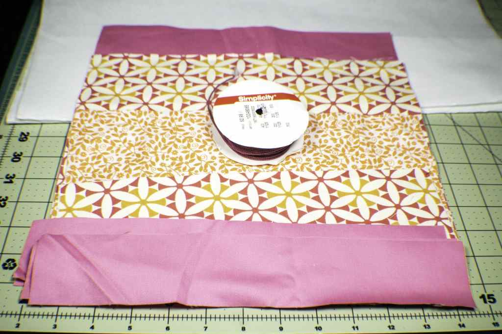 What-you-will-need-lunch-bag-1024x681 How to Make a Pretty Little Lunch Bag