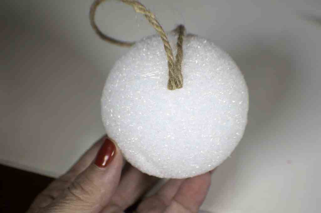 How to make a rustic fabric Christmas ornament