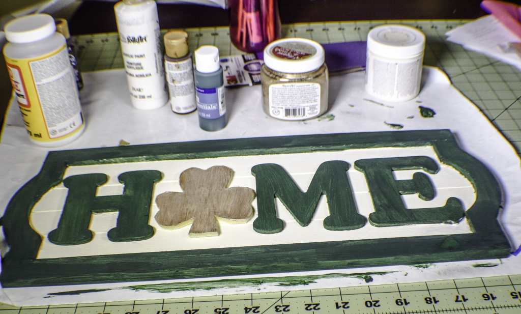 How to Make a St. Patrick's Day Door Plaque