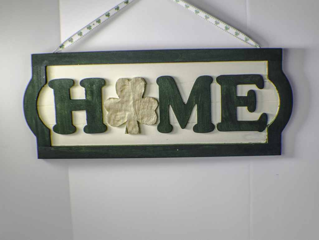 How to make a St.Patrick's Day Door Plaque