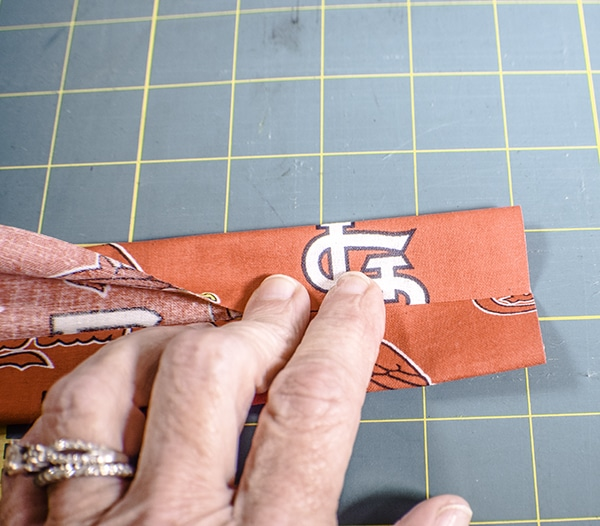 How to make a lanyard and ID holder