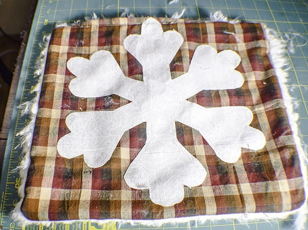How to Make a Plaid and Faux Fur Pillow