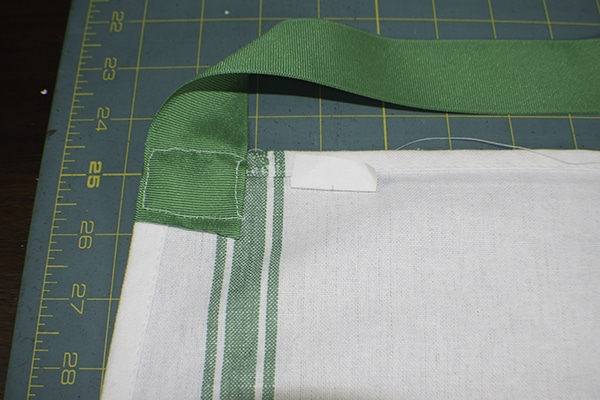 How to make a simple dishcloth apron