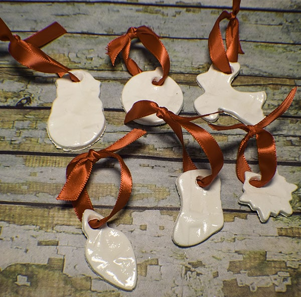 How to Make Porcelain look Christmas Ornaments