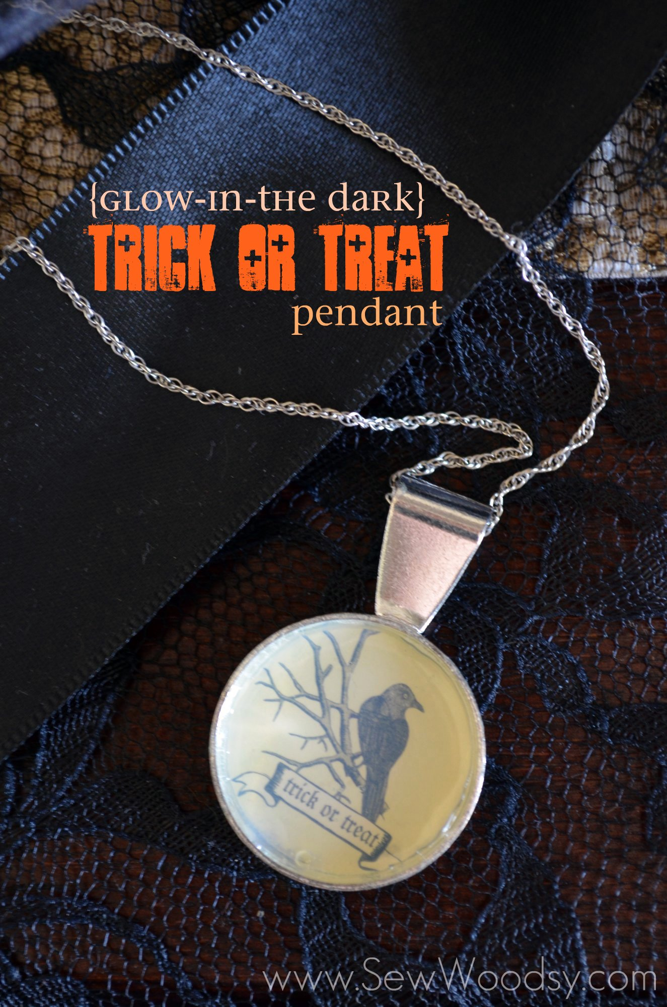 {Glow-in-the Dark} Trick or Treat Pendant