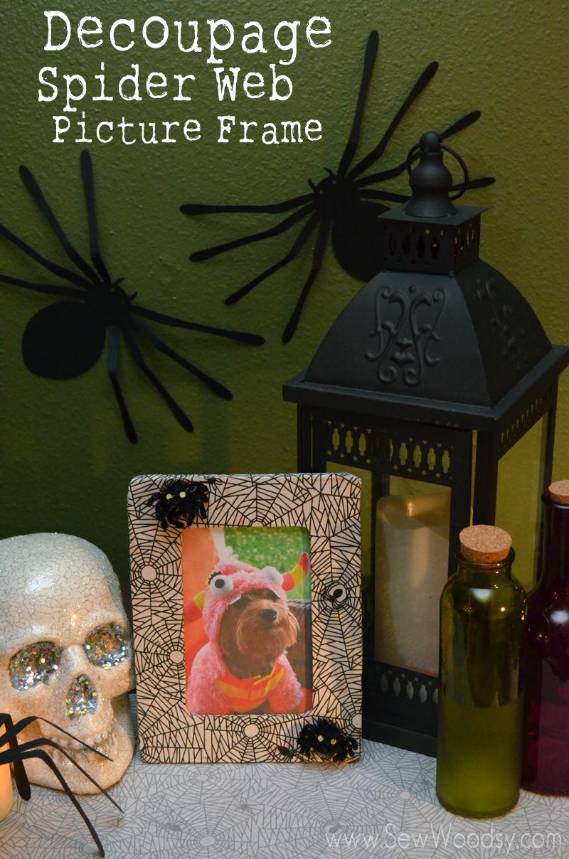 Decoupage Spider Web Picture Frame from SewWoodsy.com #Halloween #12MonthsOfMartha #MarthaStewartCrafts #Decoupage