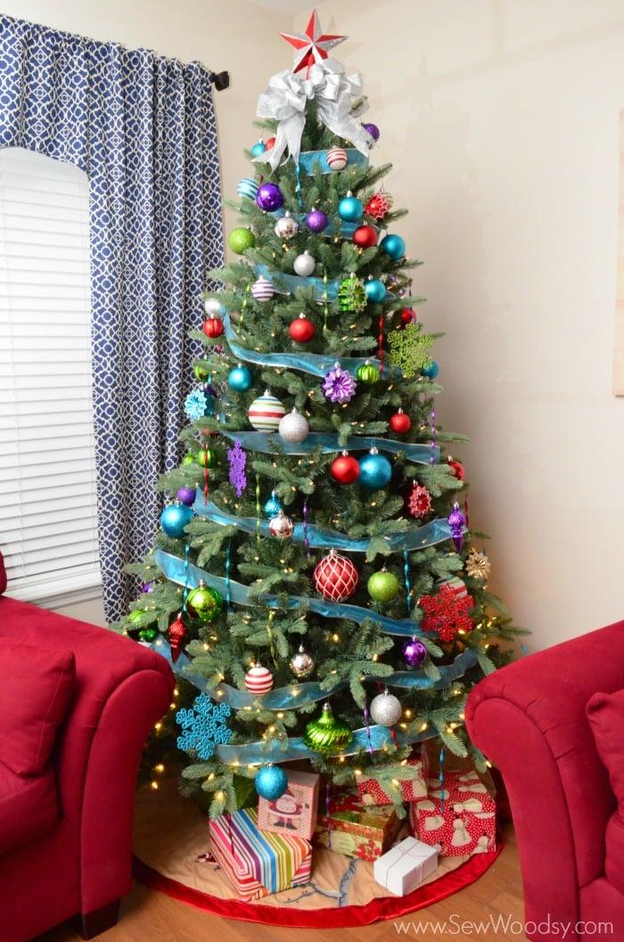 Jingle Brights @marthastewart Living Christmas Tree from SewWoodsy.com #MarthaStewartLiving #MarthaStewartChristmas #LetsDoStyle
