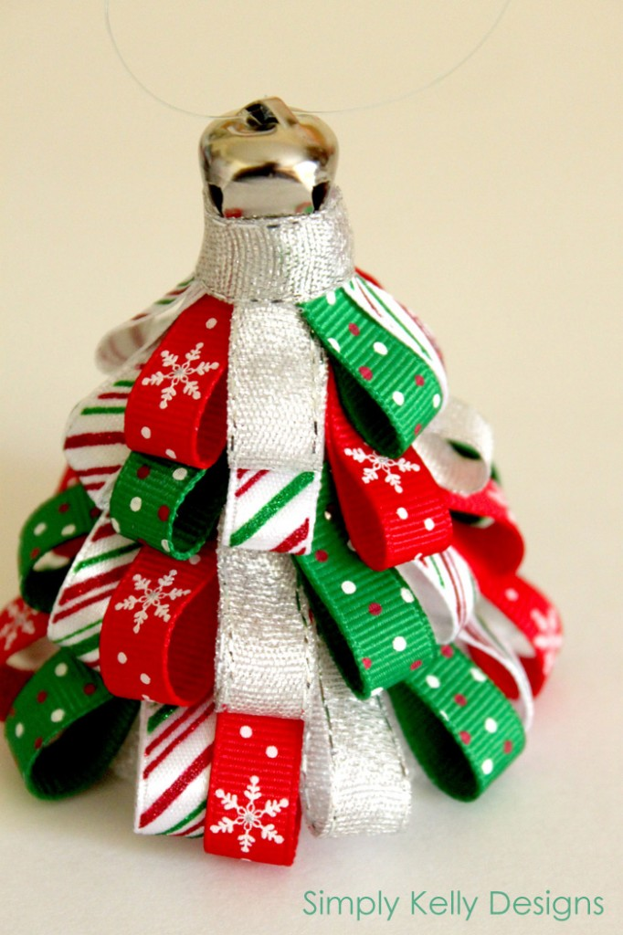 Ribbon Tree Ornament from Simply Kelly Designs on SewWoodsy.com