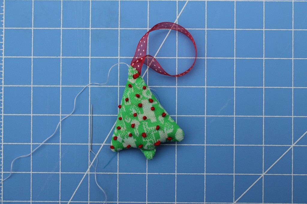 hand-sew-ornament