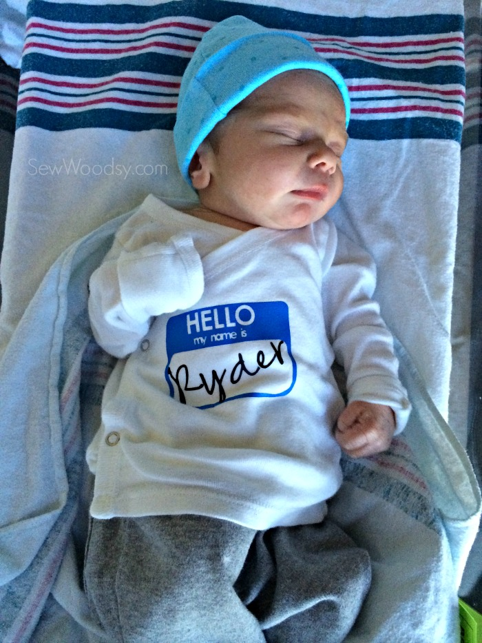Hello My Name Is Snap Shirt - newborn