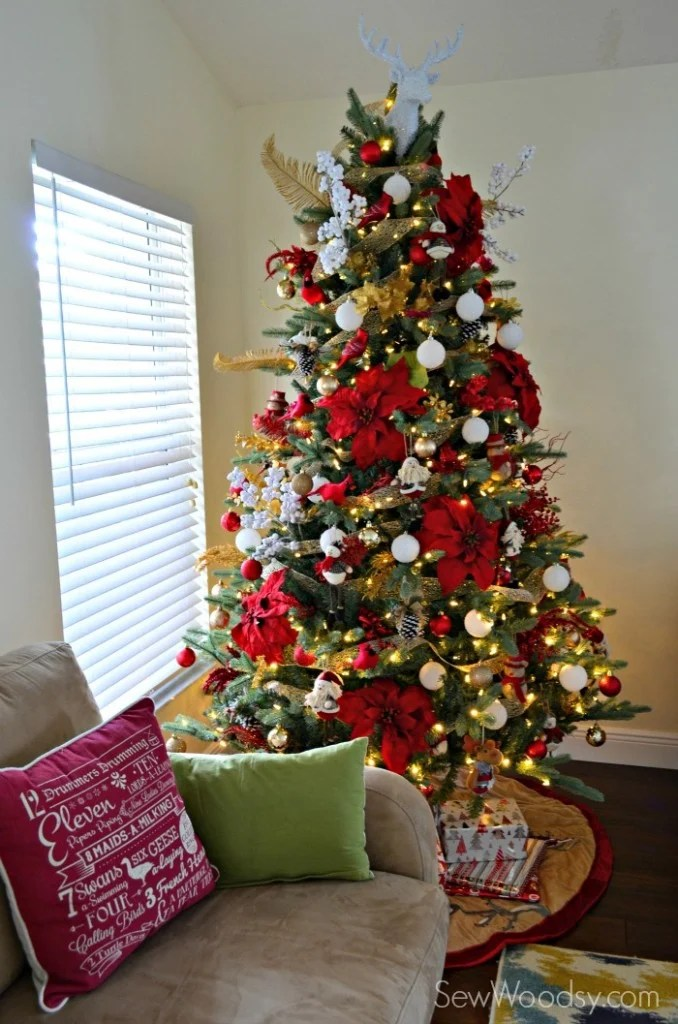 Traditional Red Gold and White Christmas Tree