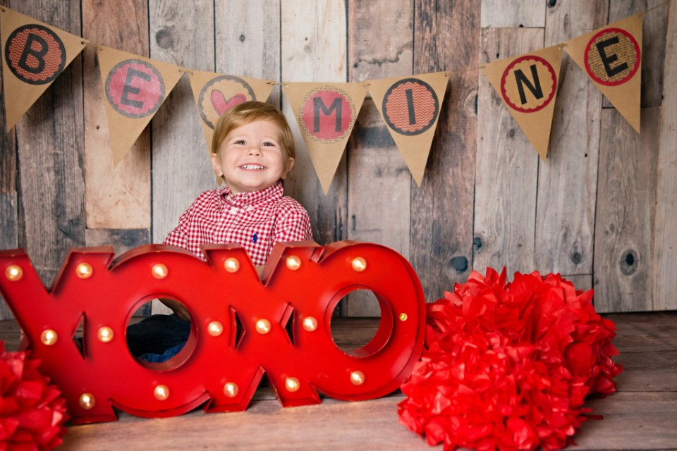toddler valentine photo