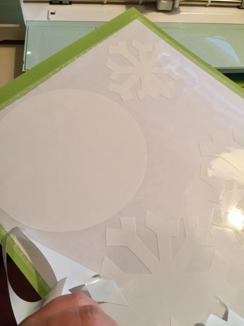cricut-window-cling-buttons-and-arms