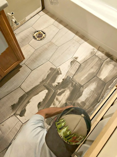7 Tips for Laying Tile Flooring