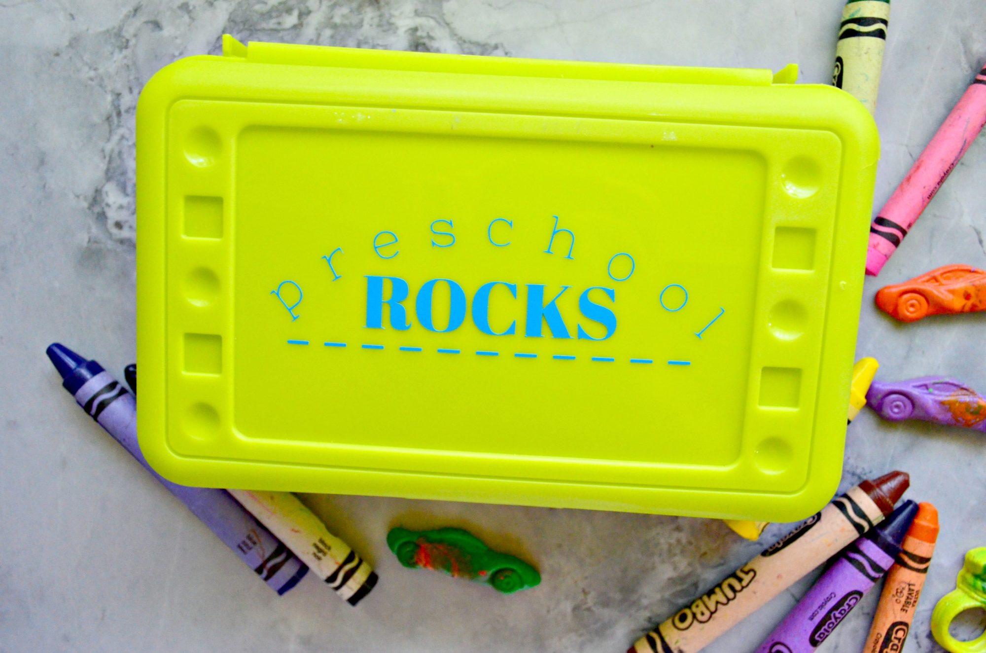 DIY elementary school crayon box design