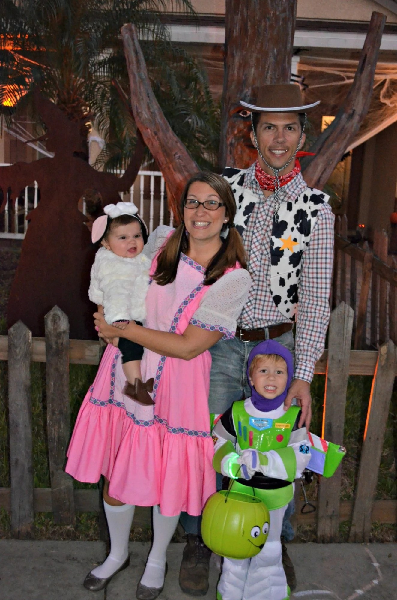 Toy Story Family Costume with Alien Trick Or Treat Bucket