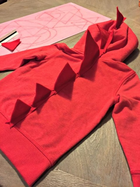 No Sew Dinosaur Costume - Spikes on the Back