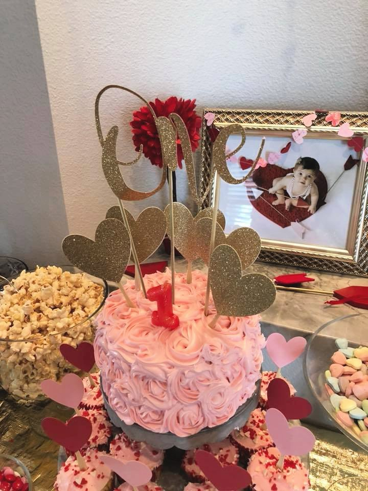 DIY 1st Birthday Cake Topper