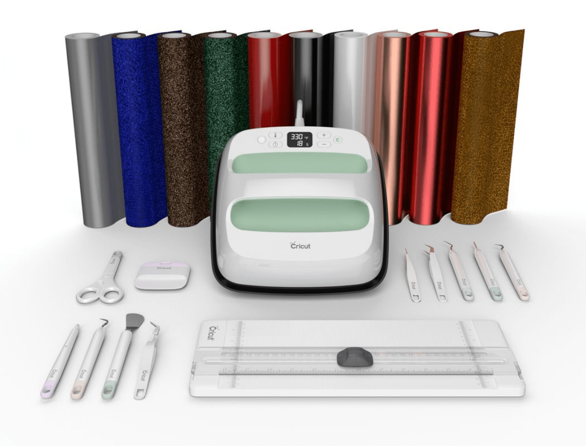 EasyPress 2 mint green bundle, with Cricut accessories.