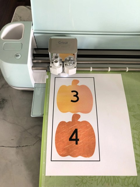 DIY Fishing for Numbered Pumpkins Game using the Cricut Explore Air 2
