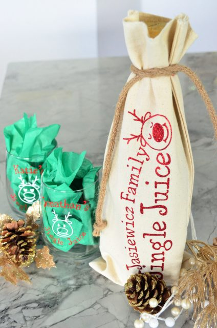 DIY Personalized Jingle Juice Holiday Wine Bag & Glasses