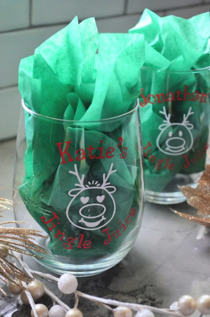 DIY Personalized Jingle Juice Reindeer Wine Glasses