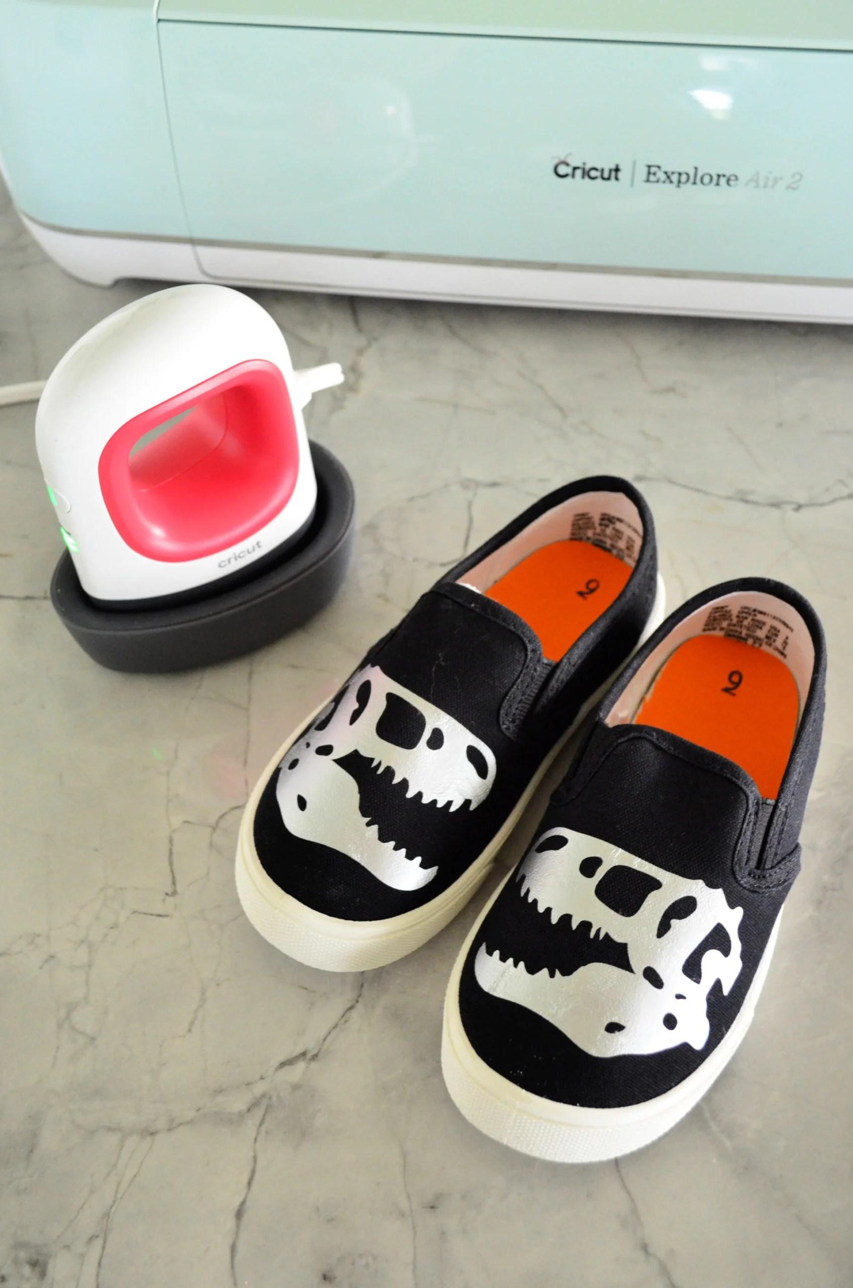 DIY Dinosaur Canvas Shoes using Cricut EasyPress Mini