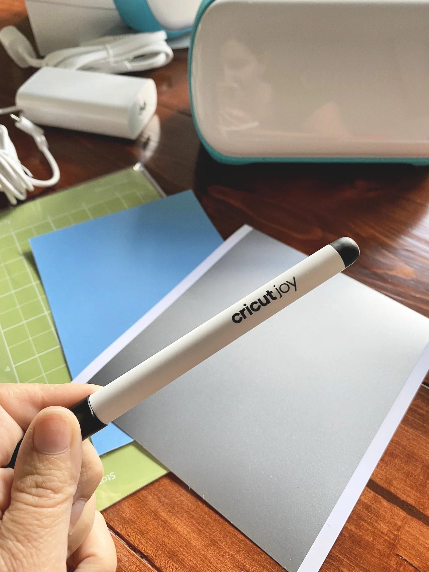 Cricut Joy Pen that comes with the Cricut Joy!