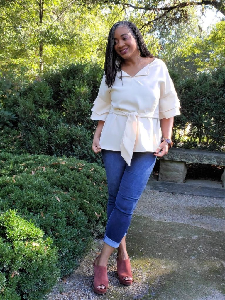 Butterick B6685 Pullover Tunic with Ruffle Sleeves