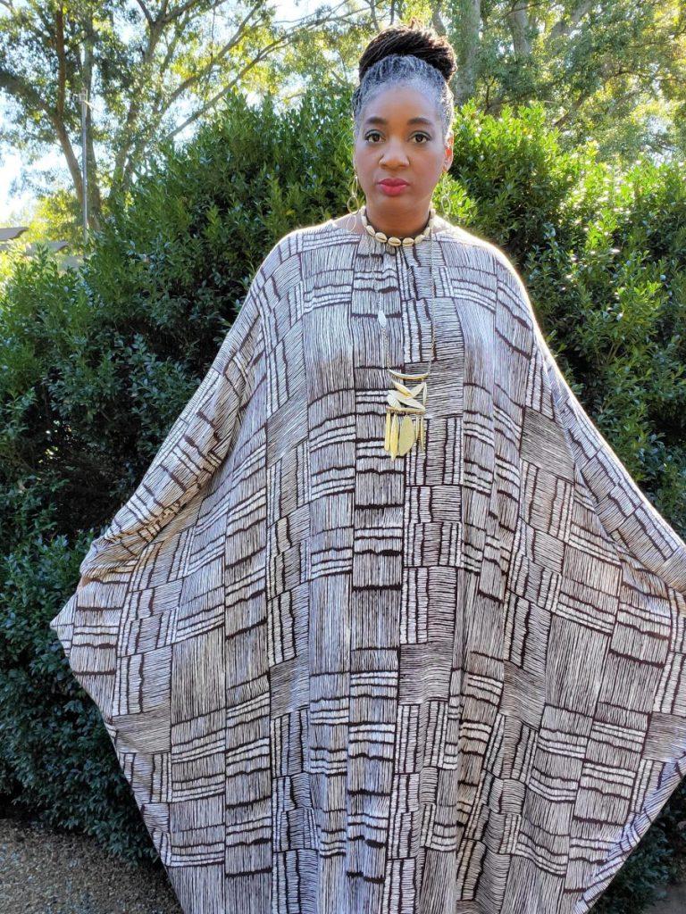 Simplicity S8911 Animal Print Knit Caftan. www.sewzaizay.com