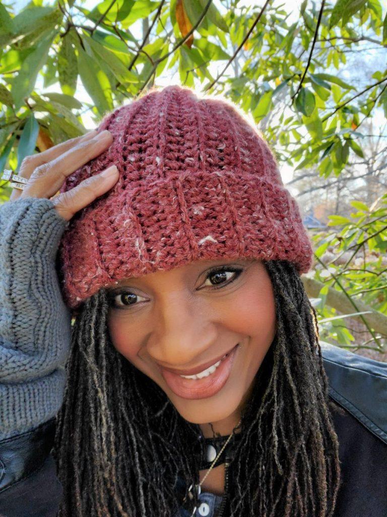 Easy Crochet Hat www.sewzaizay.com