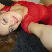 Frau will Mann für Sextreff finden