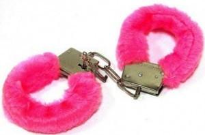 наручники розовые сексуальные. купите и играйте в бдсм