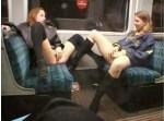 мастурбация девушек в поезде совместная