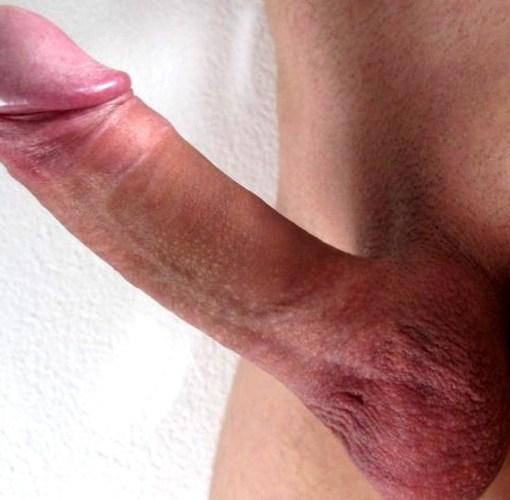 Обрезание крайне плоти у мужчин аргументы за и против. Красивый большой необрезанный эрегированный член