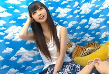 日本的素人只要一看到攝影機就以為自己是av女優了…