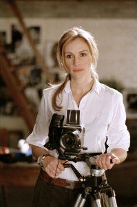 Julia Roberts as Anna