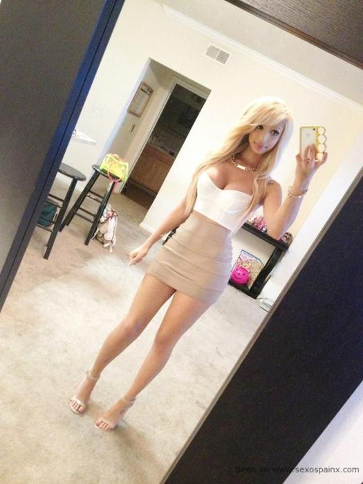 Selfies de mujeres bonitas pero con pito