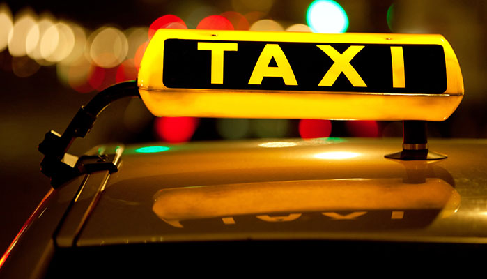 Taxis Go to War with the Über App