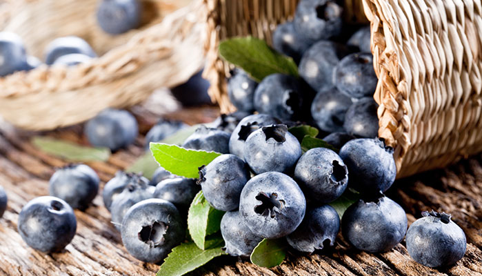 3 Foods That Can Slow The Aging Process