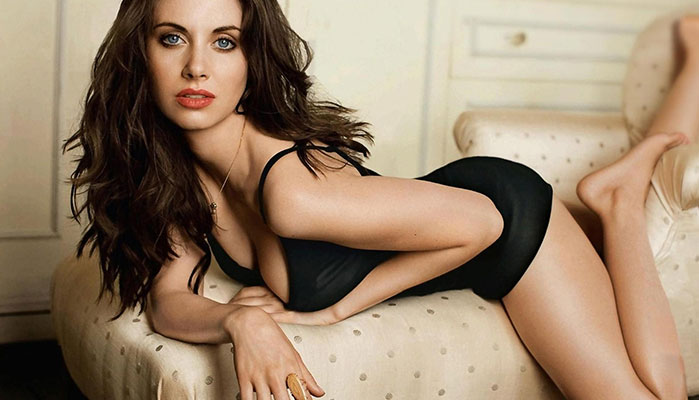 5 Great Videos Featuring the Awesome Alison Brie