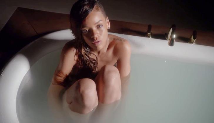Rihanna – Stay ft. Mikky Ekko 003