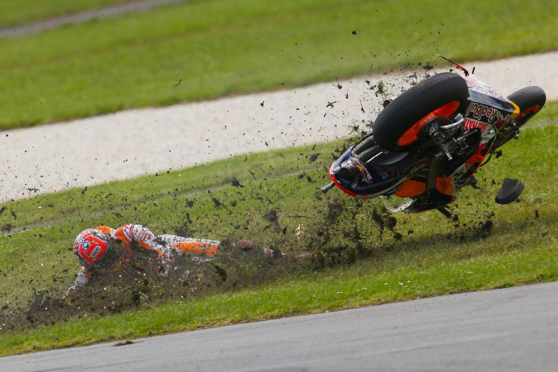 Récord de caídas en una temporada de MotoGP - Sexto Anillo