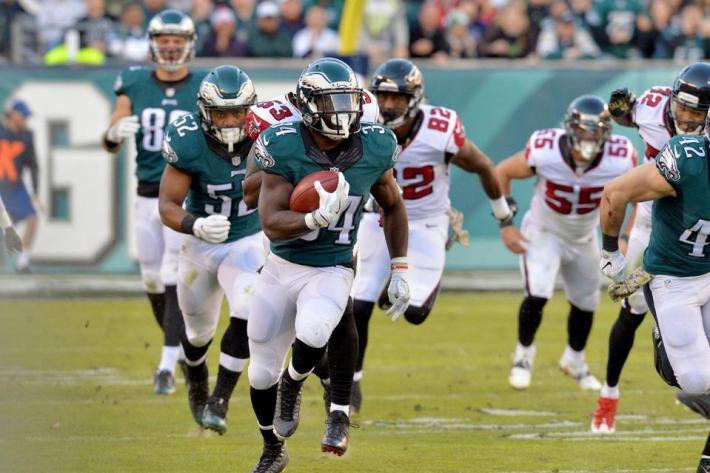 El RB, Ryan Mathews, de los Eagles, fue protagonista con 108 yardas de carrera y 2 touchdowns. Foto: www.philadelphiaeagles.com