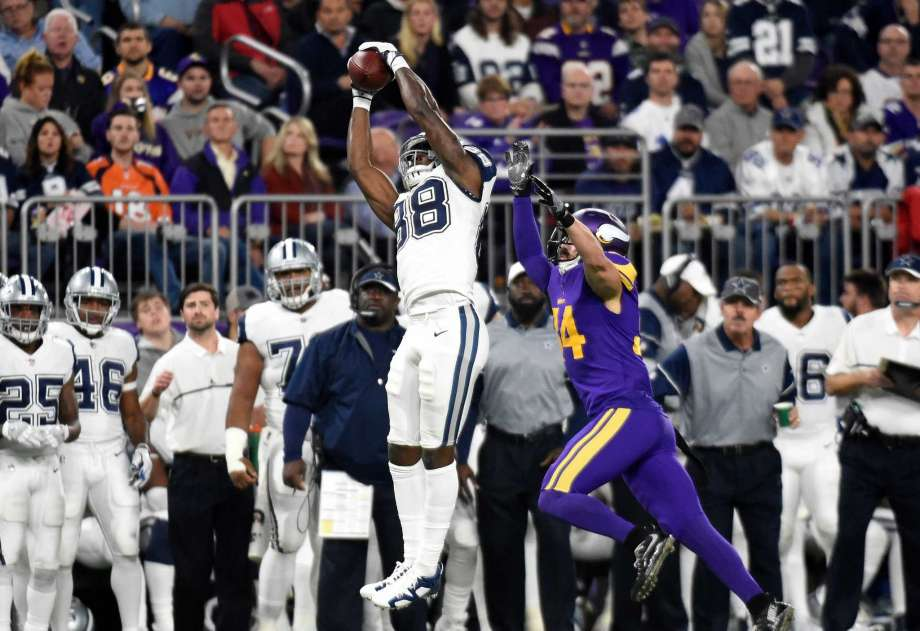 FÚTBOL AMERICANO - La defensa de Cowboys acerca a Dallas a Playoffs