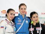 Alina Zagitova, Carolina Kostner y Satoko Miyahara